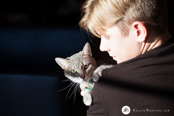 CA Senior adores his cat during high school senior portrait session Kaylyn Hoskins Photography