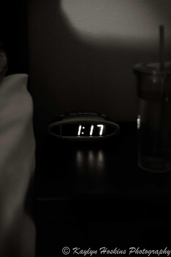 Clock displaying 1:17 AM